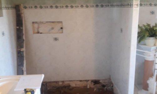 Avant - Salle de bain -  plombier chauffagiste Giat